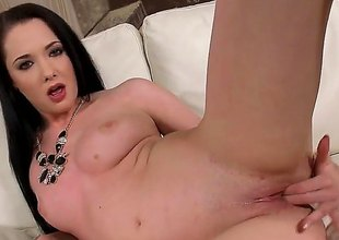 Barbara Bella is a brunette hair tot that's possessions naked. She is taking off her pants and carrying-on with her pussy in this video. Chum around with annoy solo gal knows how to have fun.