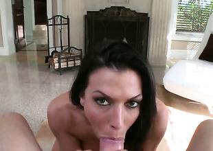 Rachel Starr is good on her adjourn satisfy her bang buddy far her sexy mouth