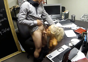 Sex obsessed hottie finds her valuable face masked in cum in sexual ecstasy