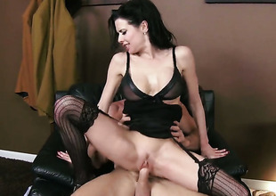 Johnny Sins gets pleasure from fucking dangerously X-rated Veronica Avluvs mouth