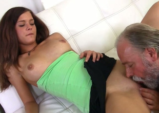 Neat chick had been practicing sex with old men be advantageous to quite some time