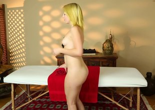 Hunky masseur fucking a slender blonde's shaved pussy and frowardness