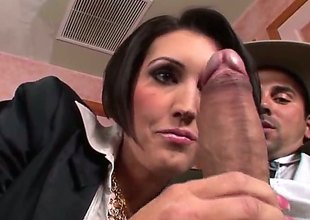Hoodoo makes Dylan Ryder gag on his beefy in person pole