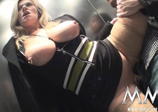 Fat tit blonde brought home from a bus interrupt blows and gets drilled in a triune