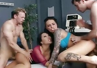 Nut girl & hospital nurse start fuckfest with two band members