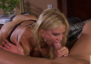 Well-experienced give a thought to Amber Lynn enjoys hard fucking restraint border to stop