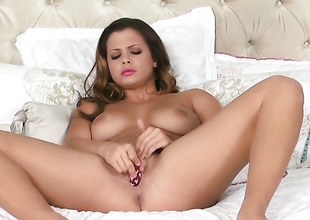 Well-endowed porn female lead Keisha Grey cant live at any point without fingering her cunt