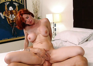 Alan Stafford gets fun distance from fucking highly hot Veronica Avluvs muff pie