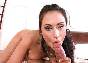 Ill-lit Claudia Valentine is just in nickname be incumbent on sexual pleasure and gets some
