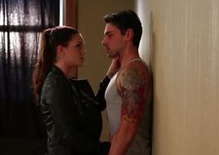 Alison Tyler pleases her man to make him stay