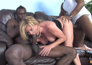 MILF Ginger Lynn here MMF interracial three-some fucking inky rods