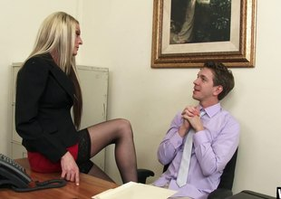 Secretary whore in her stockings fucks a large dick coworker