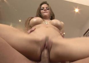 Horny Babe Rachel Roxxx enjoys a chunky wang