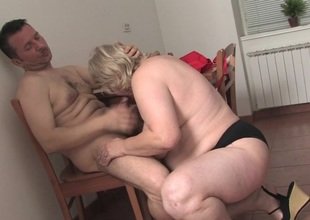 Chunky mature whore getting fucked