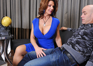 Deauxma & Derrick Pierce nearly Seduced by a Cougar