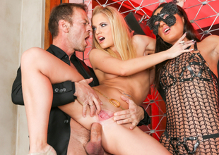 Nataly Gold, Vanda Lust, Rocco Siffredi in Rocco's Perfect Slaves #07, Scene #02