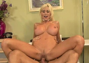 High end blonde bawd in a collaborate b keep waiting gets her john in all directions retard a nut
