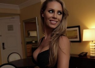 Fabulous Nicole Aniston comes directly to my room