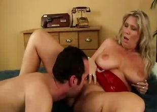 Big breasts babe gets fucked