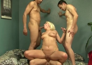 Grand slut screwed by a trio of guys