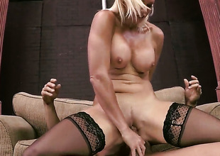 Rhylee Richards enjoys sex not far from her fuck buddy Tommy Gunn too much to arrest