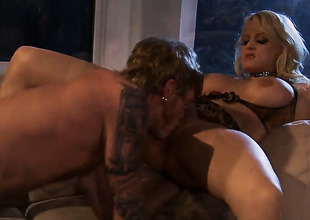 Breathtakingly sexy pornstar Stormy Daniels lets guy stick his thick ram rod in her brashness