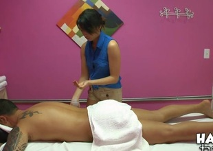 Dude gets reproduction pleasure foreigner massage and sex