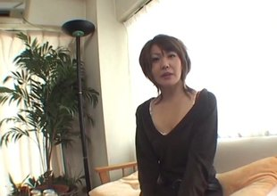 Shed weight wine leads to a Japanese MILF procurement pounded