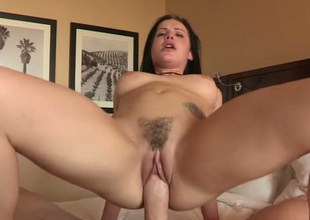Yummy liberal bottomed babe loves both blowing and topping fat prick