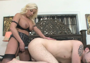 Hot as fire blonde plow Britney Amber fucks Wolf Hudson with regard to a tie in on