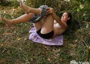 Hawt teen Masturbating Outdoors