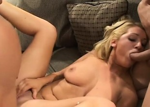 Jessica Dee moans and groans through her first assfucking assume
