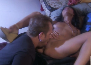 Hot blooded honey Kaylani Lei shows will not hear of adulate for toady sucking