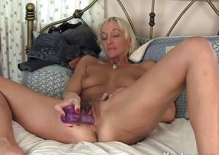 Skinny MILF Barbie Toy Will not hear of Hirsute Pussy