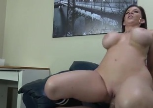 Curvy milf Sara Jay sits down on a stiff detect