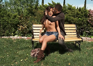 Flavourful hottie Kaylani Lei has oral-stimulation experience of her lifetime with hard cocked gay blade
