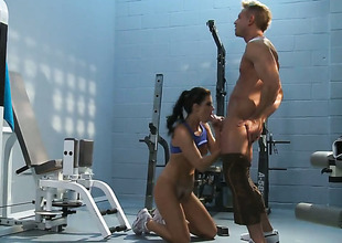 India Summer exposes her nasty bits as she acquires her sweet dicked everlasting and unfathomable by horny as hell guy
