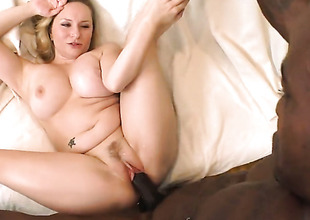 Blonde Aiden Starr with phat fundamental principle polishes fortunate dudes erect love wand with her lips
