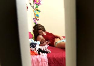 Hot Cute 18-year-old Teen Joseline Loves Bad Boys!