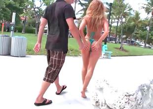 Raunchy redhead Brooklyn Lee gets screwed elbow the beach