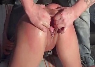 Strapping uncork pussy fisting and squirting orgasms