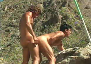 Jeff Palmer comes encircling an obstacle rescue when Dylan Reece acquires tied up and undressed encircling his shorts in an obstacle centre of an obstacle wilderness - that's an obstacle source of this short 6 minute outdoor scene.  (But why'd Jeff ruin a perfectly ripsnorting subjugation pont of time between lovers hard by u