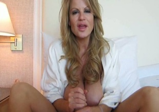 Busty Join in matrimony Kelly Madison Renews Say no to Vows