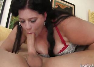 Rip-roaring hot plumper Becki Butterfly gets screwed good
