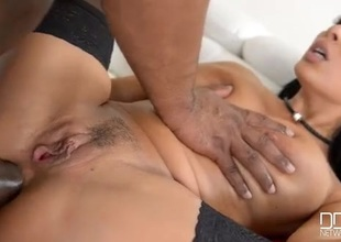 BBC stretches both holes be beneficial to titillating Anissa Kate