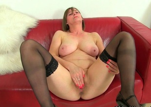 British milf Jessica Put one works their way sopping pussy