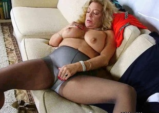 American gilf Cristine acquires slutty in innovative pantyhose