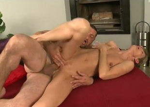 Fat cock fucks a skinny milf with short hair