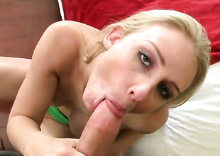 Beautiful hoochie Madison Fox gets her pretty outlook imperceivable in guck after sex with hot man