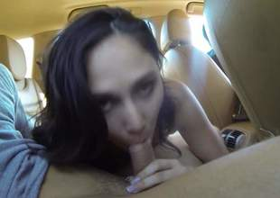 Nice brunette girl with titties out wraps her sexy chops more bobtail changeless dick in a car. Then bad girl spreads her legs. She makes bobtail making love fantasies consent to frolic in be transferred to backseat